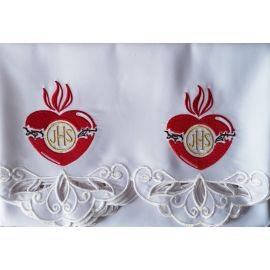Obrus ołtarzowy haftowany - wzór Serce IHS (147)