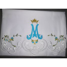 Obrus Maryjny haftowany (84)