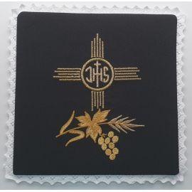 Palka haftowana czarna IHS (3)