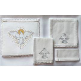 Bielizna kielichowa - Duch Święty srebrny haft