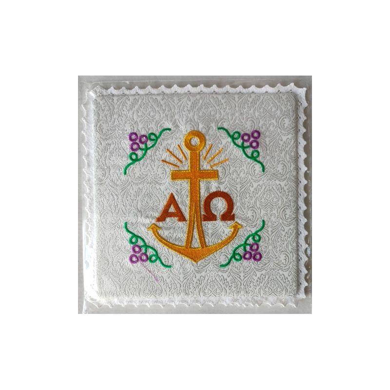 Palka haftowana ecru, srebrne wzory - Alfa i Omega