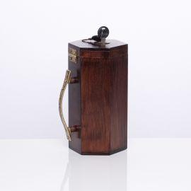 Puszka, skarbonka na datki - drewniana (ciemny brąz)